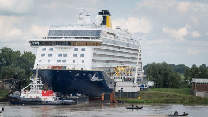 Die Spirit of Adventure in der Papenburger Dockschleuse. Foto: Meyer Werft